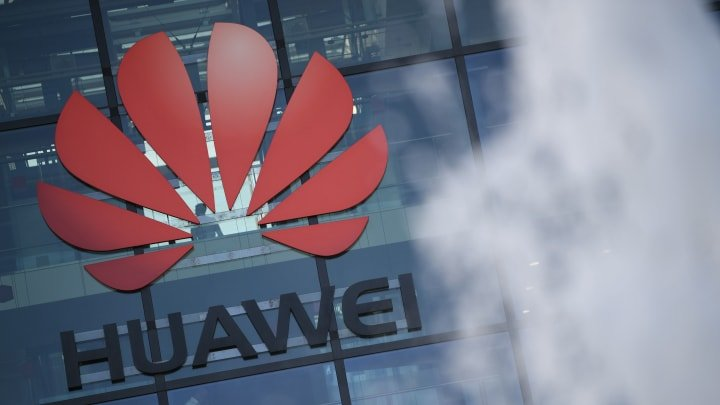 Huawei Overtakes Samsung To Be No. 1 Smartphone Player In The World Thanks To China As Overseas Sales Drop